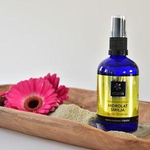 Hidrolat smilja – koristi in uporaba pri negi kože